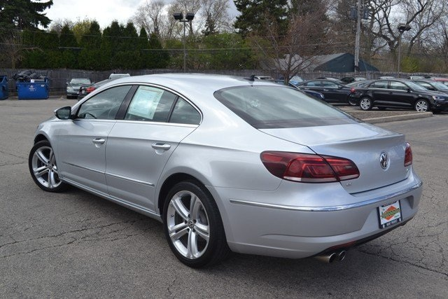 2013 volkswagen cc 2 0t sport plus fwd 4d sedan mount prospect volkswagen. Black Bedroom Furniture Sets. Home Design Ideas